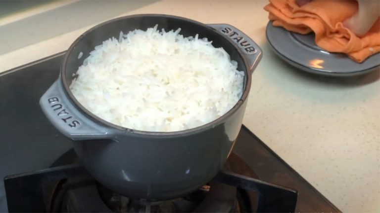 Top 6 Best Pots To Cook Rice 2021: Reviews & Buying Guide